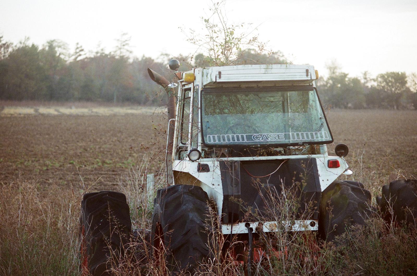 tractor-on-ed-scott-land.jpg
